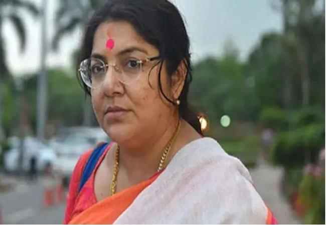 BJP MP Locket Chatterjee के ट्वीट बम से हिली पार्टी, समर्थकों से कहा सुनिश्चित करें कि ममता बनर्जी भबनीपुर से चुनाव न हारे