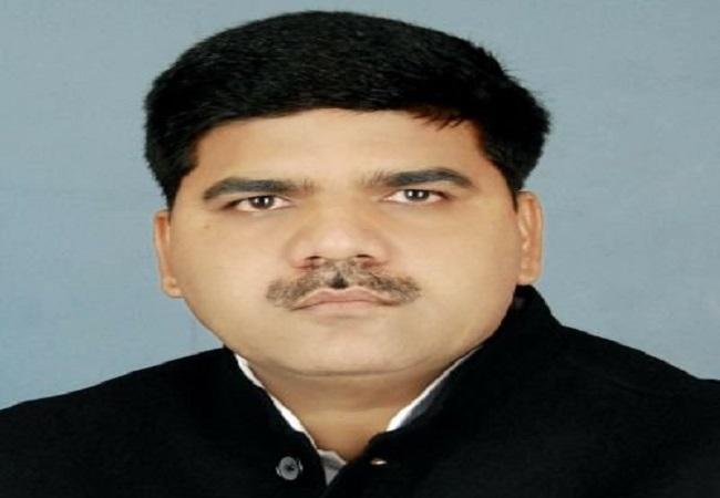 Dr. Sangram Yadav jeevan Parichay : पिता के विरोधी को रिकॉर्ड तोड़ मतों से पटखनी दे दूसरी बार बने विधायक डॉ. संग्राम यादव