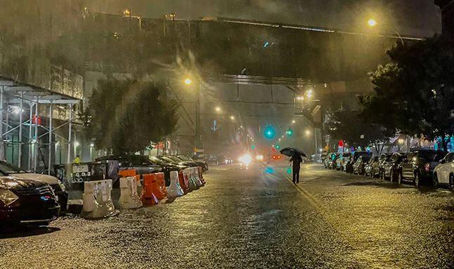 Hurricane Ida: अमेरिका में तूफान इडा के कहर से अब तक 49 लोगों की मौत,डूबीं न्यूयॉर्क की गलियां और सड़कें