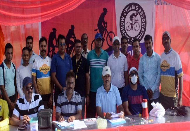 Lucknow Cycling Trials Championship : देव, अंश, जय और रिया को मिली दोहरी स्वर्णिम सफलता