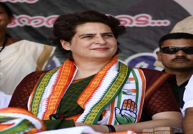 यूपी की जंग फतह करने के लिए प्रियंका गांधी के नेतृत्व में कांग्रेस निकालेगी 'प्रतिज्ञा यात्रा'