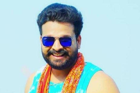 'दोपहर है राजा अभी रात नहीं है, मेहरारु है कोई दाल भात नहीं है' रितेश पांडेय का गाना हुआ रिलीज