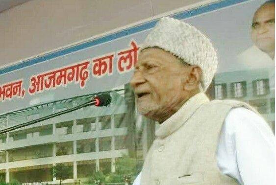 Aalambadi Jeevan Parichay: सपा के वो विधायक जिनकी ईमानदारी की दी जाती है मिसाल,पापा चाचा से लेकर बेटे तक करते हैं सम्मान