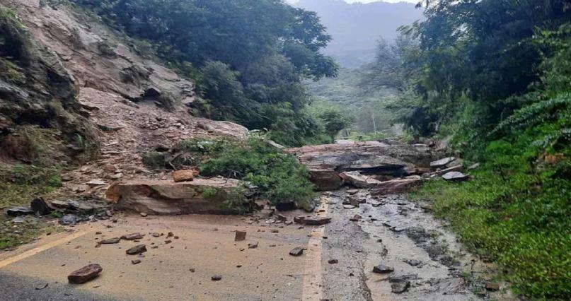 Uttarakhand: बारिश के बाद उत्तरकाशी में भूस्खलन, गंगोत्री हाईवे बंद