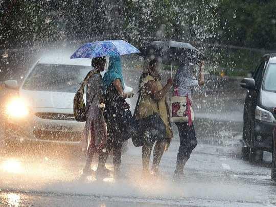UP Weather Alert: यूपी के कई जिलों में कुछ देर बाद होगी तेज बारिश, ऑरेंज अलर्ट
