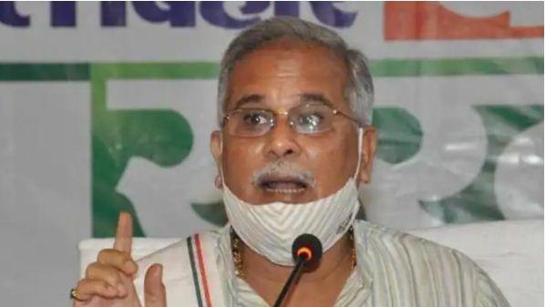 छत्तीसगढ़ के मुख्यमंत्री भूपेश बघेल के पिता के खिलाफ दर्ज हुई FIR, जानिए पूरा मामला