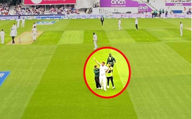 IND Vs ENG: सुरक्षा घेरा तोड़ तीसरी बार मैदान में पहुंचा शख्स, इंग्लैंड में भारतीय खिलाड़ियों की जान को खतरा