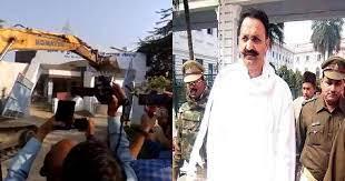 Mukhtar Ansari के करीबी पर योगी सरकार का शिकंजा, 10 करोड़ के शॉपिंग मॉल पर चलाया बुलडोजर