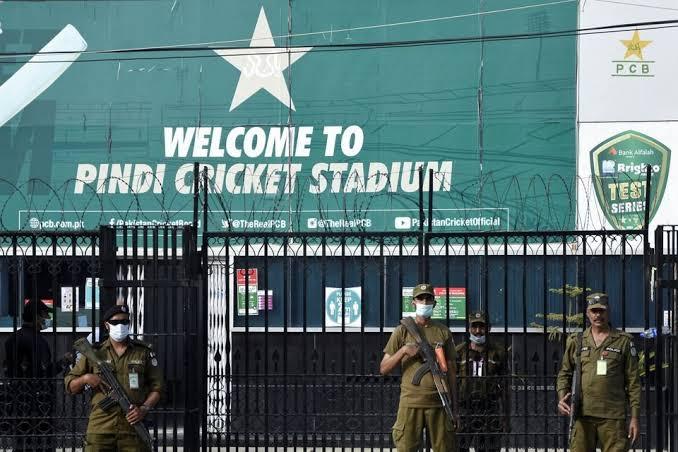 जानें किस क्रिकेट टीम की सुरक्षा में लगे पुलिसकर्मी चट कर गए 27 लाख की बिरयानी-रिपोर्ट