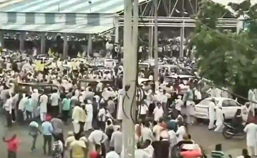Karnal Kisan Mahapanchayat: बातचीत विफल होने पर करनाल मिनी सचिवालय की तरफ बढ़े हजारों किसान, सुरक्षा व्यवस्था सख्त
