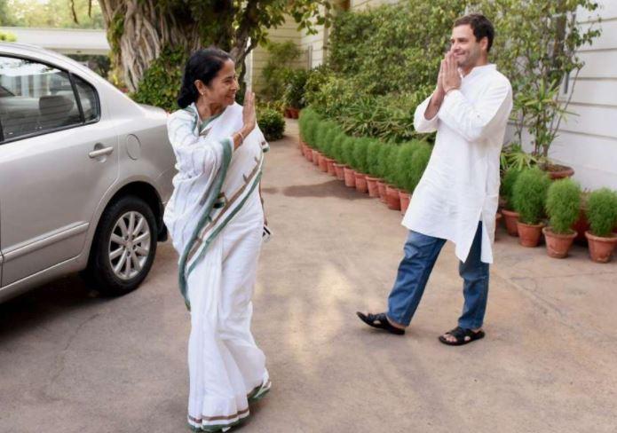 RAHUL VS MAMTA: राहुल नहीं ममता बनर्जी हैं मोदी का सही विकल्प, जानें किसने फोड़ा सियासी बम