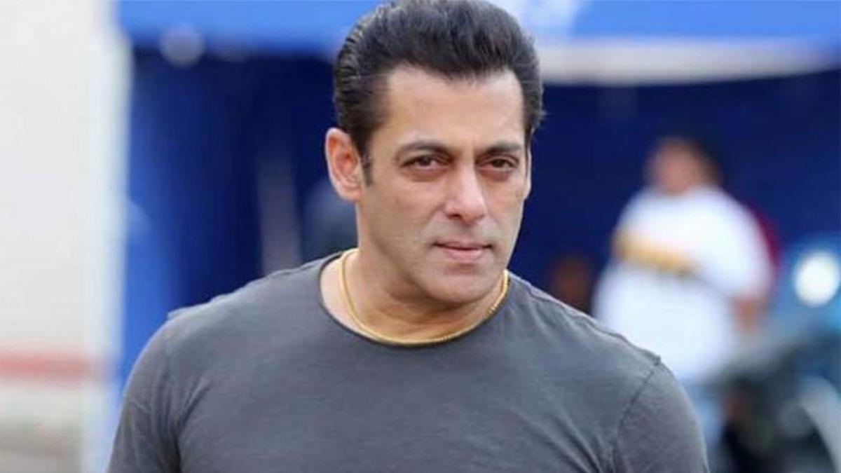 Salman Khan की टावल लाखों में हुई नीलाम, इस फिल्म में पहन किया था डांस