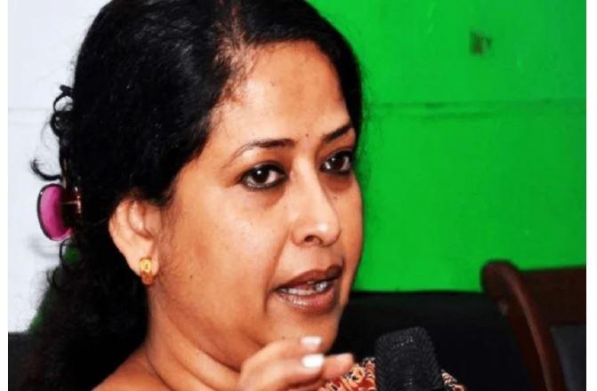 पश्चिम बंगाल : प्रणब दा की बेटी शर्मिष्ठा मुखर्जी का सक्रिय राजनीति से संन्यास, किया- ये बड़ा ऐलान