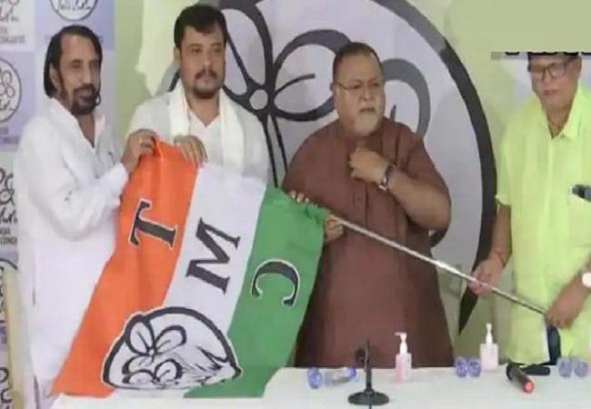 West Bengal Breaking: भाजपा को लगा फिर बड़ा झटका, विधायक सौमेन रॉय ने थामा तृणमूल कांग्रेस में शामिल