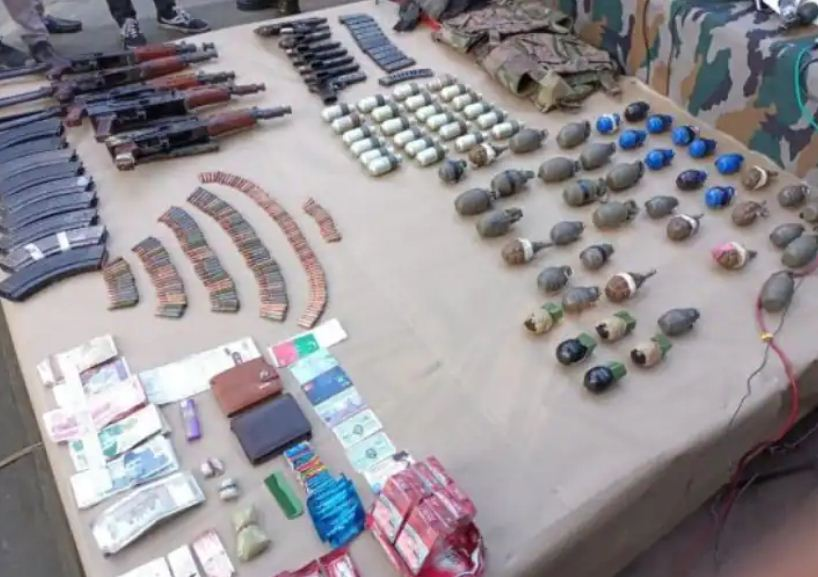 Three terrorists killed: उरी में सुरक्षाबलों ने तीन आतंकियों को किया ढेर, पांच AK 47 और 70 हैंड ग्रेनेड बरामद