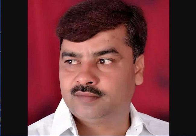 Rajkumar Raju Yadav jeevan parichay : मुलायम के गढ़ में राजकुमार राजू यादव की दूसरी बार दौड़ी साइकिल